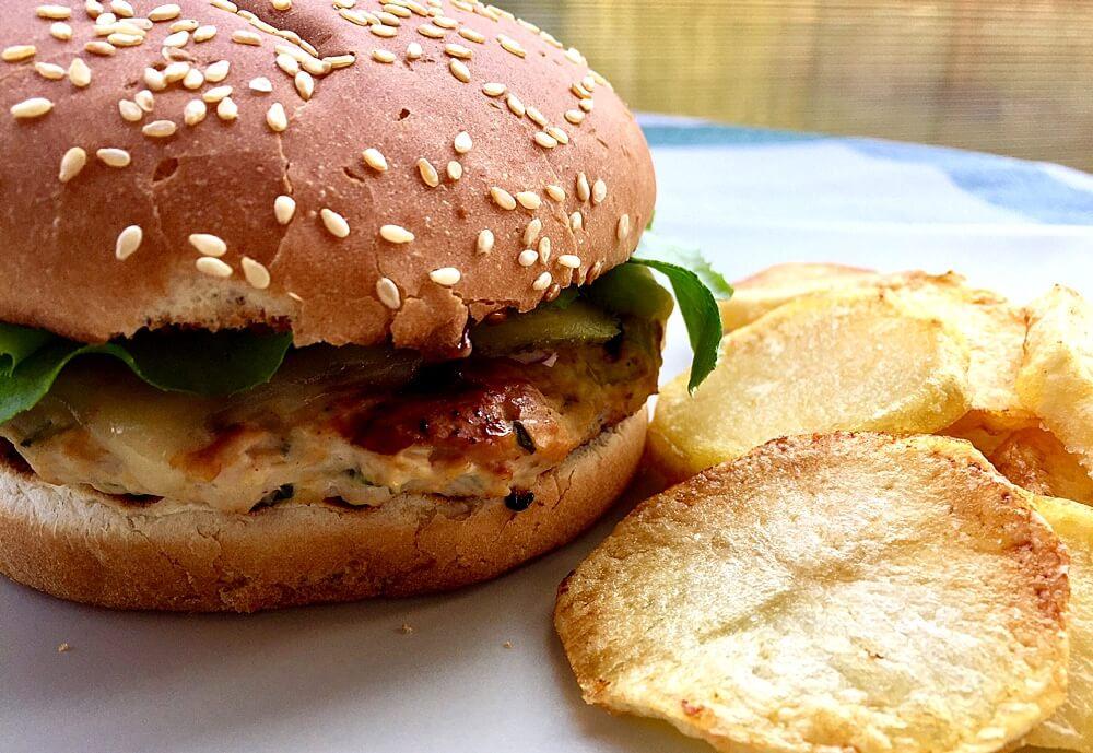 Burger de curcan gustos și savuros