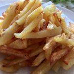 Cartofi prăjiți pentru quesadilla vegetală cu cartofi și salată